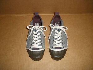 SOREL Gray & Brown Insulated Sneakers Size 7