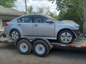 2014 Subaru Legacy parting out