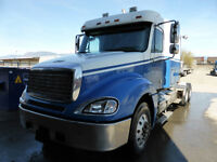 2005 Freightliner Columbia Sleeper