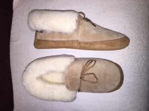 2 PAIRS of SLIPPERS ( BOTH NEW )