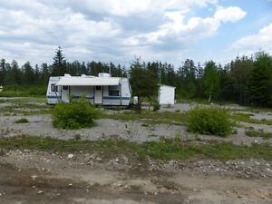 jolie terrain  rien a faire tout prêt a construire . Saguenay Saguenay-Lac-Saint-Jean image 2