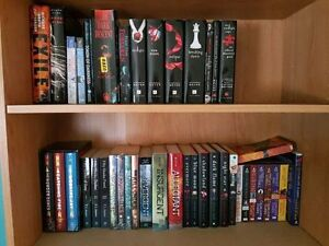 Different complete book series