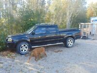 2002 Nissan Frontier 4 x 4 Pickup Truck for PARTS