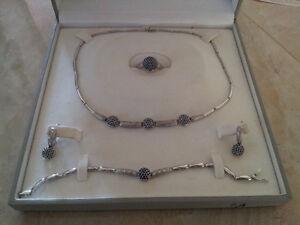 Beautiful Italian 18kt gold Jewelry set.
