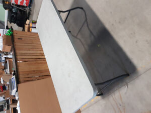6 foot long foldable tables