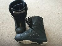 Salomon symbio snowboard boots - UK9.5