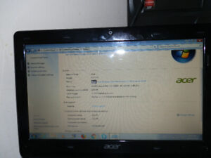 Acer Aspire one computer D270 in excellent working condition