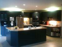 Armoires et comptoir pour cuisine complète