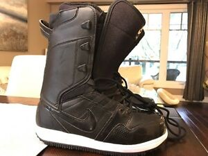 New Nike snowboard boots size 8.5