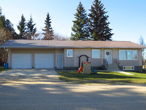 Retire to Small Town Life in Southern Manitoba!