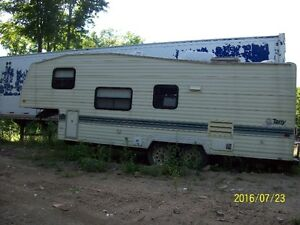 1992 Terry 5th Wheel 25 Ft.