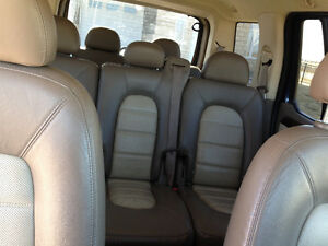 03 Ford Explorer EDDIE BAUER, 4X4, LEATHER, 7seat - FULLY LOADED Moose Jaw Regina Area image 4