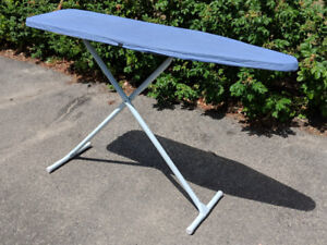 Ironing Board - Sturdy and Retractable