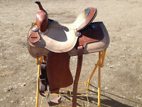 Barrel saddle with Aligator Print! Like New! 15""