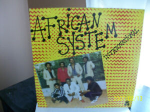 "Disque vinyle, 33 T. ""AFRICAN SYSTEM INTERNATIONAL"",1983"