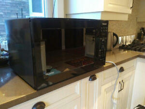 1.6 cu.ft. Countertop Convection Oven -- Panasonic