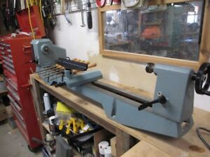 wood  lathe Delta 12 inch variable speed 3/4 HP