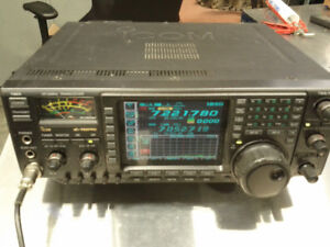 Short wave ham Icom IC756pro Hf transceiver