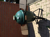 BRAND NEW Never used BIG GREEN EGG