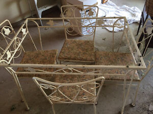 1950's vintage kitchen or patio table and chair set