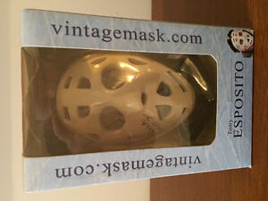 Tony Esposito vintage mask autographed West Island Greater Montréal image 1