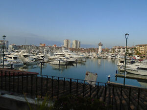 Relax and Enjoy in Puerta Vallarta on the marina