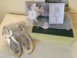 Reduced - Wedding shoes matching purse