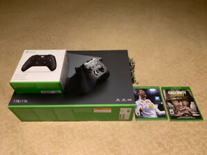 XBOX ONE X Console, 2 Games and 2 Controllers