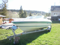 1996 20ft Sea Ray speed boat