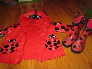 Girl's clothing size 2T/3T - over 60 items!  $50 OBO/LOT3