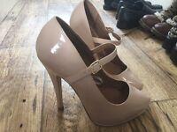 Cream Heels size 5