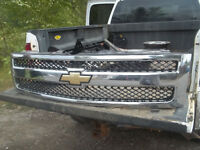 2007 Chevy 1500 (GRILL)