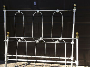 Antique Metal Bed with Brass Knobs