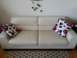 Real leather couch plus matching accent chair (De Boer's)