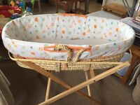 Moses basket with two mattres and sheets