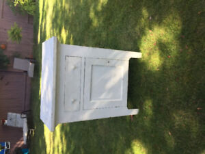 Shabby Chic Side Table- White