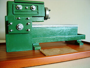 Model of a lathe, for display, non-operational
