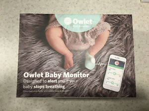 Like New Owlet Baby Monitor with Updated Smart Socks