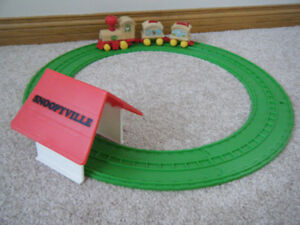 1974 Vintage Snoopy express  train with track & tunnel