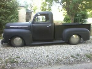 1951 Ford Truck / Hot Rod