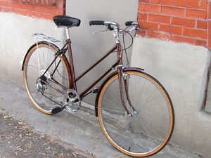 EXCELLENT TOURING BIKE