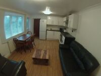 For Rent Studio, ensuite, doble room at Caledonian