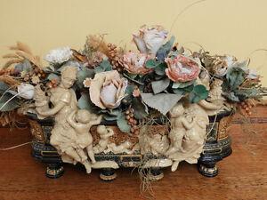 Vase à fleurs antique