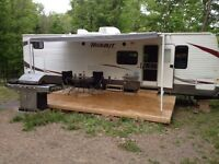 31' Travel Trailer - sleeps 10