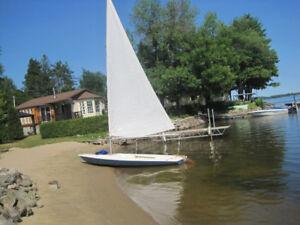 Voilier Bombardier  sailboat