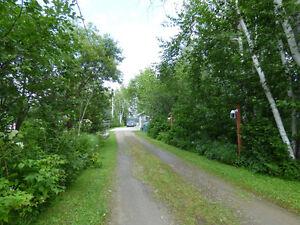 Jolie maison - Garage Isolé - Louise Boulanger -ROYALE LEPAGE Lac-Saint-Jean Saguenay-Lac-Saint-Jean image 14