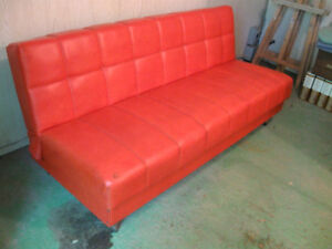 VINTAGE 1967 CANAPE LIT COULEUR ORANGE