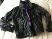 Men's vintage black leather bomber jacket - size small