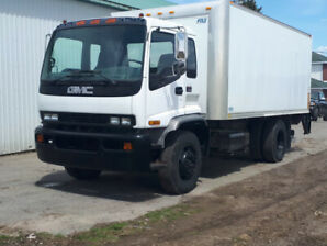 Camion GMC T8500