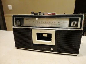 Vintage 70's Lloyd's AM/FM Cassette Tape Recorder -Not Working